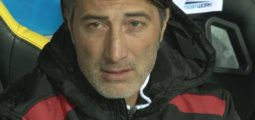 FC Sion, Yakin cherche la solution