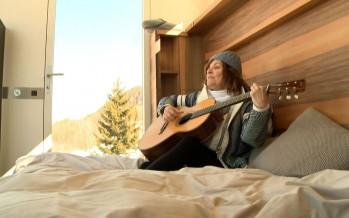 La chanteuse Diane Tell est tombée amoureuse du Valais