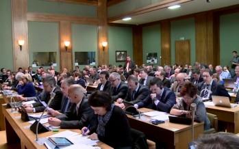 Pollution au mercure: faut-il créer une commission d'enquête parlementaire?