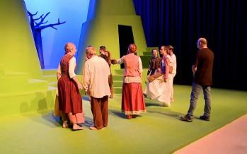 Théâtre: quand compotes et Histoire font bon ménage