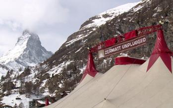 Zermatt Unplugged: coup d'œil dans les coulisses à l'heure des préparatifs du festival