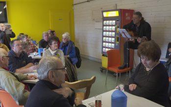 Campagne au Conseil d'État: plusieurs citoyens sont venus rencontrer et montrer leur soutien à Oskar Freysinger à Granges