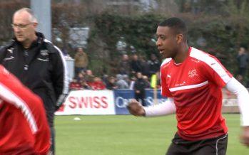 Football: Gelson Fernandes et l'équipe de Suisse attendent la Lettonie