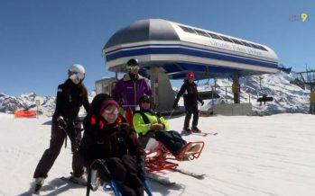 Dualski piloté: Défisport propose aux personnes handicapées de connaître les joies de la glisse
