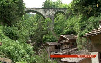 Patrimoine culturel et technique: visite aux Vieux Moulins de la Tine à Troistorrents