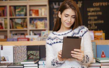 À l'heure des smartphones et liseuses, les jeunes lisent différemment, mais pas moins qu'avant