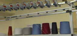 Industrie textile: dans le Chablais, une société crée une machine à tricoter révolutionnaire