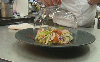 Guides gastronomiques: douze nouveaux établissements valaisans ont fait leur entrée au GaultMillau. Commentaire de Franck Reynaud