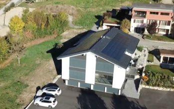 Autonomie énergétique: la maison du futur existe, elle est à Savièse!