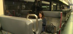 Elle vit à Sion et travaille à Lausanne. Et aime ça: «Cette porte ouverte sur l'extérieur me manquerait», reconnaît Mélissa Jacquérioz Steiner