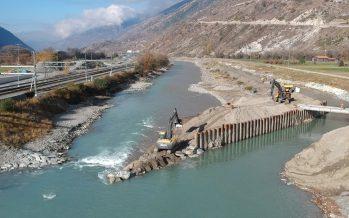 Troisième correction du Rhône: le fleuve détourné de son lit pour rendre possible le renforcement des digues