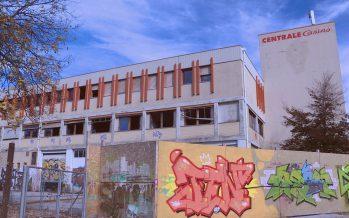 En ruines depuis 2012, la centrale Casino à l'entrée de Sion ne voit toujours pas sortir de terre les huit immeubles projetés