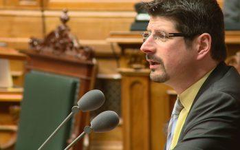 Dénoncé pour harcèlement à l'encontre de plusieurs femmes, le politicien valaisan Yannick Buttet est sur la sellette
