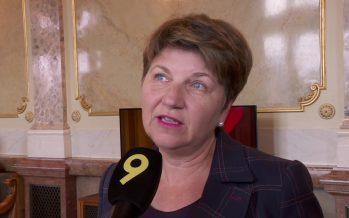 Affaire Buttet: «C'est encore plus difficile pour le PDC qui défend des valeurs traditionnelles», affirme Viola Amherd