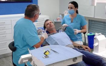 L'astuce dentaire – Consultation 2: le dentifrice sans fluor, tout aussi efficace?