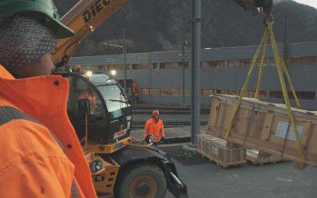 Route de la Forclaz coupée: Nant de Drance met en place un «plan rail» pour acheminer le matériel sur le chantier