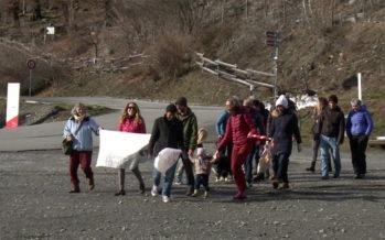 Let's clean up Nepal: une marche traverse le Valais pour sensibiliser à la problématique des déchets au Népal