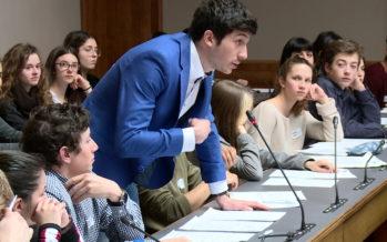Coup de jeune politique: 126 étudiants, entre 16 et 25 ans, ont siégé au Grand Conseil lors du Parlement des jeunes valaisans