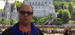 [Au Bout du Web] en pèlerinage à Lourdes avec Grégoire Luyet