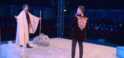 «Come-back à Ithaque»: les Vilainsbonzhommes fêtent leur 30e anniversaire avec une tragicomédie musicale