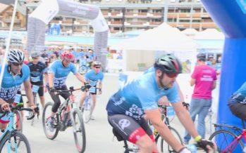 Cycling for children: à Crans-Montana des bénévoles ont fait le tour de la Terre à vélo pour la bonne cause