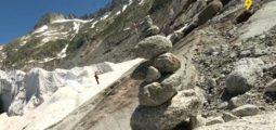 Géant à l'agonie, le glacier du Rhône fond inexorablement. Comme tous les glaciers en Suisse
