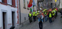 «Tambour battant»: 50 figurants de fanfares rivales s'entraînent à la bagarre à Saillon. A voir au cinéma au printemps 2019