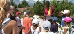 Colonie de vacances pour requérants d'asile: des vacances très attendues par 130 jeunes!