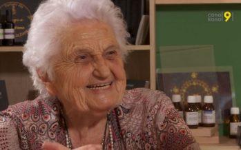 «Je sais que je vais mourir en bonne santé», dit avec le sourire Germaine Cousin-Zermatten, experte en remèdes de grand-mère