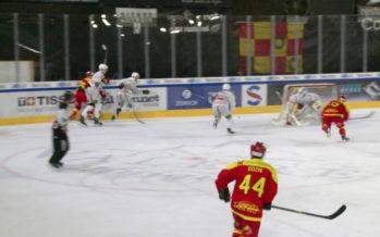 Hockey sur glace: le derby valaisan confirme le leader HC Sierre