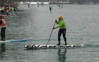 Stand up paddle:  Winter Xmas Race au domaine des Iles à Sion