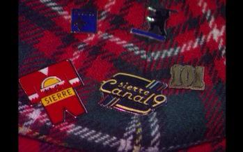 Archives: retour en 1992, où la tendance était aux pin's en Valais!