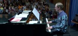 Tous en chœur: répétitions à un mois du concert de Laurent Voulzy