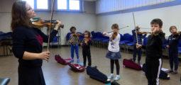«Un violon dans mon école», une initiative pour aider à lutter contre l'échec scolaire