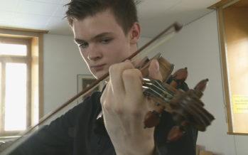 Arthur Traelnes au concours Tibor Junior: dans les pas du jeune virtuose au Sion Festival