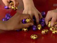 A Pâques, pendant les vacances, on part à la chasse aux œufs, mais on fait aussi plein d'autres choses!