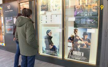 Au cinéma, l'âge légal des films est là pour protéger les enfants et les jeunes de contenus inappropriés