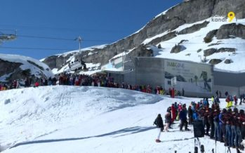 En hommage au patrouilleur décédé dans l'avalanche à la Plaine-Morte, Crans-Montana a observé une minute de silence
