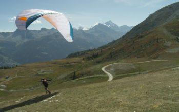 Le Vercofly fête ses 10 ans: 62 parapentistes qui rallient dix cabanes de haute montagne