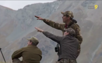 Chasse: Immersion dans le Val d'Arolla avec la meute de Satarma, une équipe de chasseurs