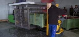 600'000 plants de vigne vont prendre un bain chaud pour prévenir les maladies cet hiver à Vétroz
