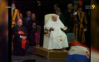 En 2004, le pape Jean-Paul II était à Berne. Deux Valaisans se souviennent