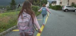 Chemin de l'école: une étude se penche sur les bienfaits de cet espace de liberté pour les écoliers