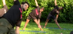 Les hockeyeurs martignerains en mode yogis