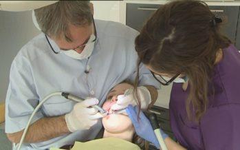 Soins dentaires: 4,6 millions souhaités pour aider les personnes qui renoncent aux soins