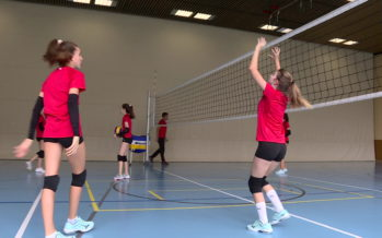 """8e capsule """"Sport Valais"""": à la rencontre des volleyeuses de la """"Volley Academy Valais"""""""