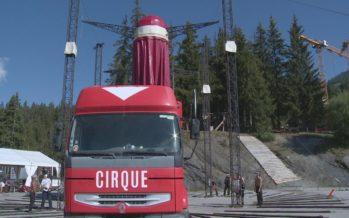 La compagnie de cirque française Akoreacro de passage sur le Haut-Plateau