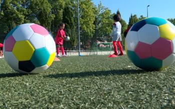 """Football: le """"FC Sion Football Pour Tous"""" mise sur le foot féminin"""