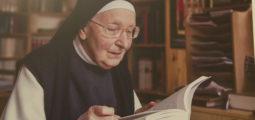 Exposition: la vie quotidienne des nonnes du Monastère Notre-Dame de Géronde par la photographe Florence Zufferey