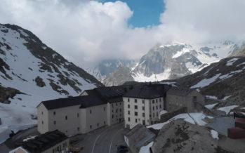 Le col du Grand-Saint-Bernard est ouvert côté suisse